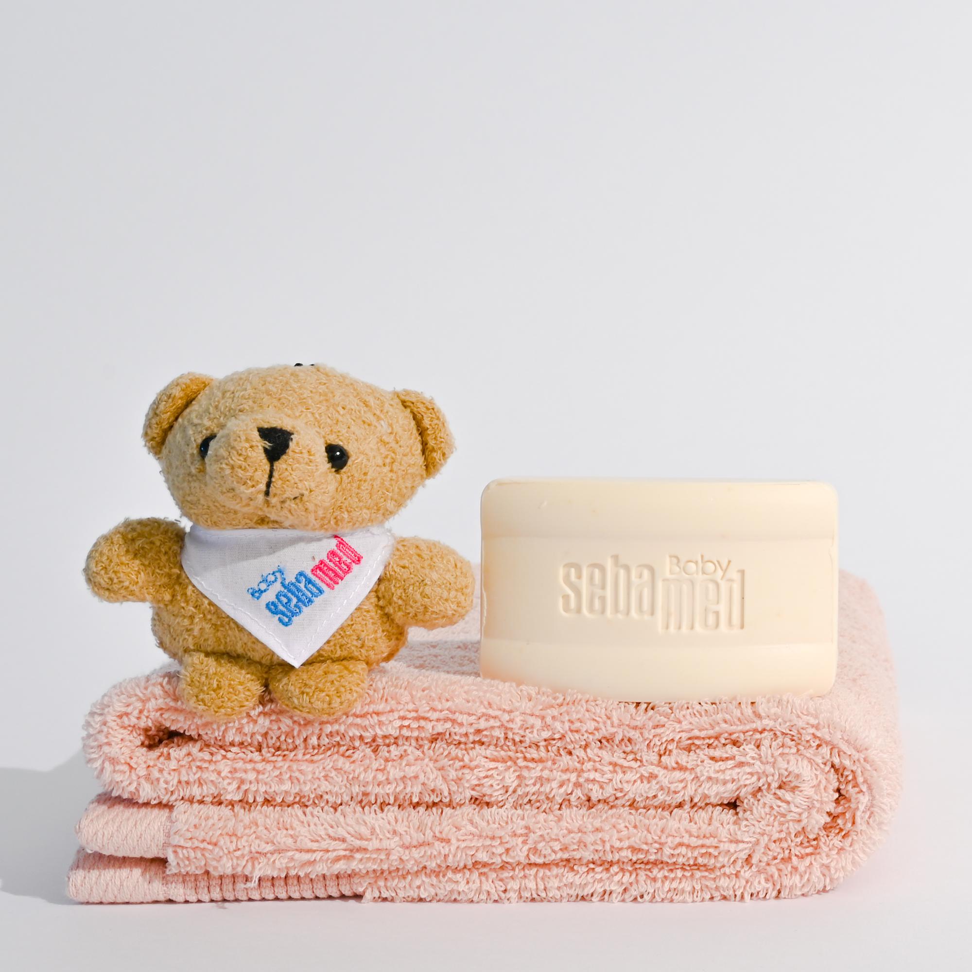 Baby bar and bear